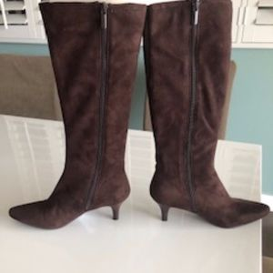 Faux suede boots, chocolate brown